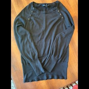 Black Kenneth Cole sweater